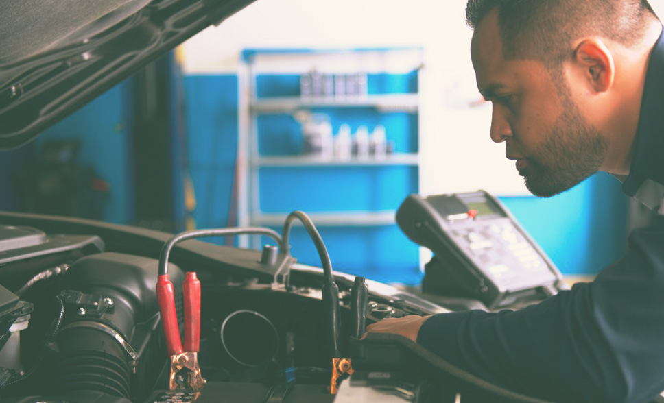 6 Great Car Battery Maintenance Tips